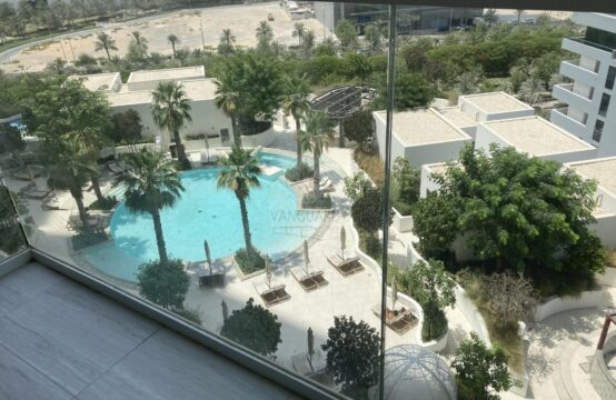 Well Maintained, Mid Floor with Pool View in JVC