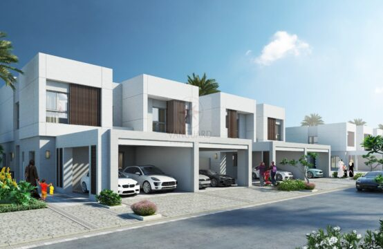 Your Dream Home Awaits with the Lush Green Surroundings! Best Deal on the Market
